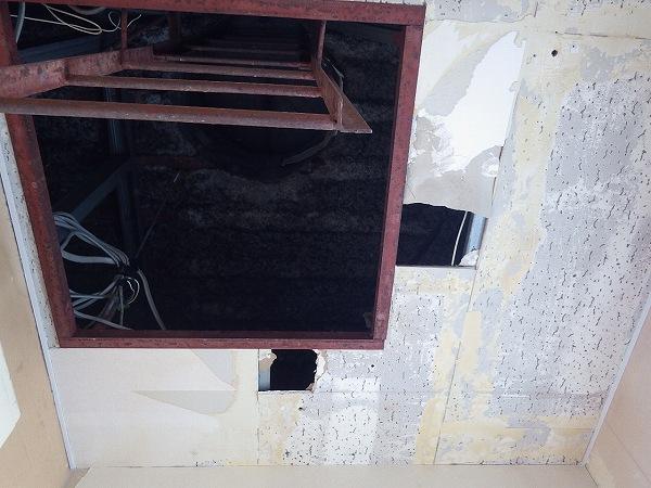 壁紙下地施工中5