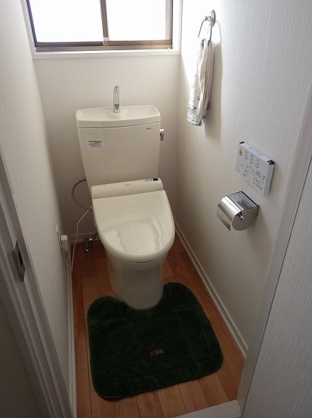 トイレ壁紙1